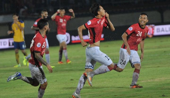 Foto Berita Achilles Corsa Perpanjang Kontrak dengan Bali United FC