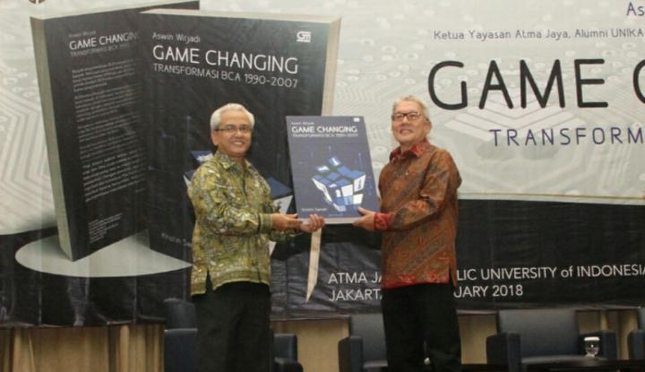 Foto Berita Game Changing: Menguak Sejarah BCA Bangkit dari Jurang Krisis