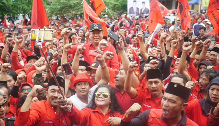 Foto Berita Konsolidasi Kader PDIP, Kang Hasan Bakar Semangat Kader