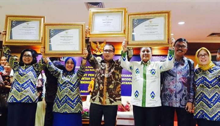 Foto Berita Makassar Borong Tiga Penghargaan Nasional Bidang Pelayanan Publik