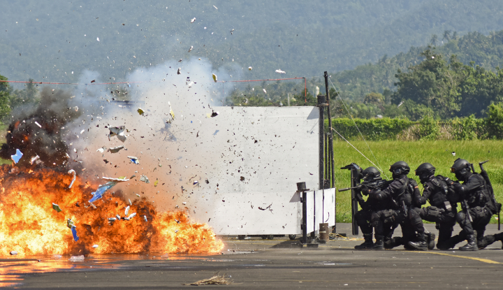 Foto Berita Polsek Amuntai Lakukan Simulasi Pengamanan Markas Komando