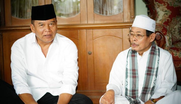 Foto Berita Bertemu Tokoh Lintas Agama, Cagub PDIP Tekankan Pentingnya Toleransi