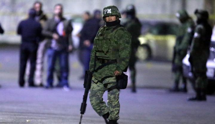 Foto Berita Meksiko Terpaksa Turunkan Militer Pasca Aksi Pembunuhan Tembus 25.000 Kasus