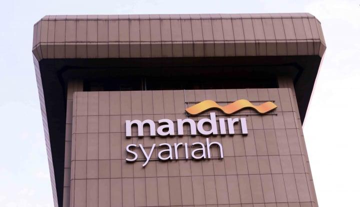 Foto Berita BSM Tawarkan Promo Kepemilikan Mobil Syariah di IIMS