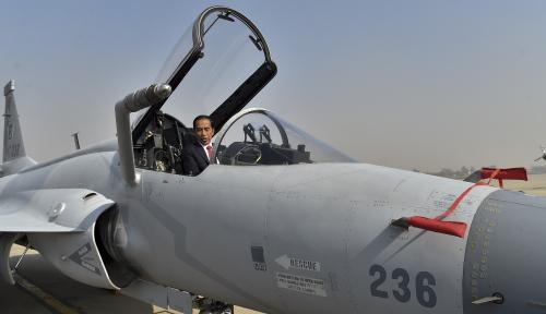 Foto Presiden Jokowi Tiba di Afganistan