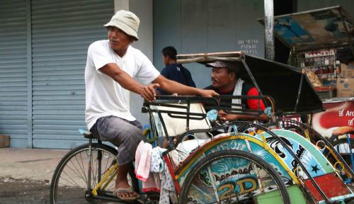 Foto PKS: Anies Bukan Ingin Tambah Banyak Becak, Tapi...