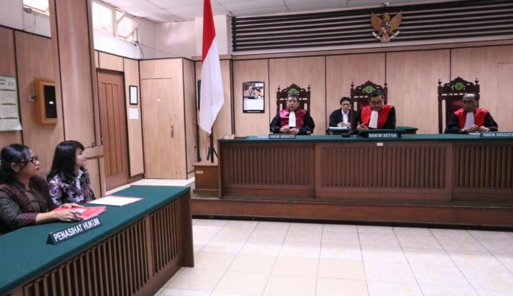 Foto Berita Sidang Cerai Basuki-Veronica Digelar