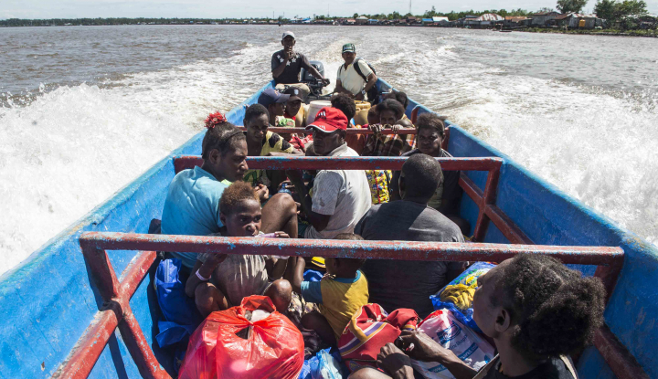 Foto Berita Kapal Kemanusiaan ACT Siap Kirim 100 Ton Bantuan Pangan ke Papua