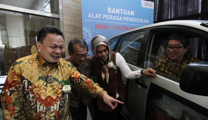 Foto Berita Toyota Gelar Toyota Indonesia Berbagi Ilmu di Karawang