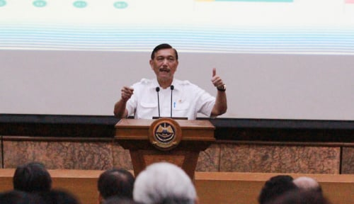 Foto Menteri Luhut Sosialisasikan Poros Maritim pada Mahasiswa