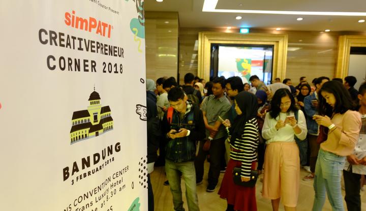 Foto Berita simPATI Creativepreneur Corner Berbagi Inspirasi Bersama Inovator Muda