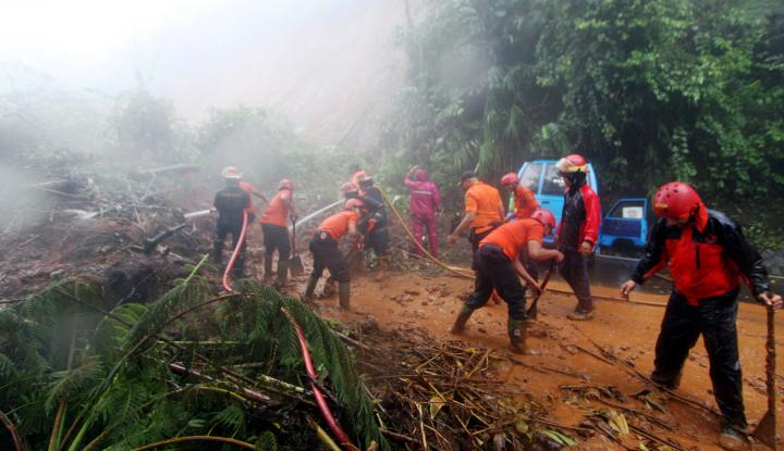 Foto Berita Longsor Bogor Makan Korban Jiwa