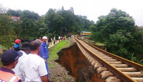 Foto KAI: 14 Februari, Jalur Bogor-Sukabumi Bisa Beroperasi