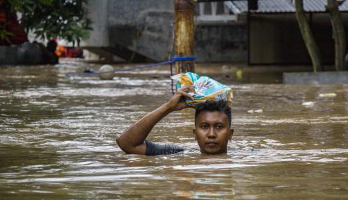 Foto Hujan Deras Sebabkan Satu Desa di Aceh Terendam Banjir