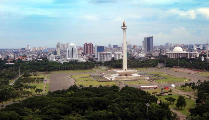 Pemprov Gunduli Monas, Siti Nurbaya Berkeras: Sanksi Pasti Ada - Warta Ekonomi