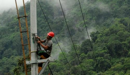 Foto Pertamina Cilacap Serahkan Bantuan Listrik Teknologi HEOP
