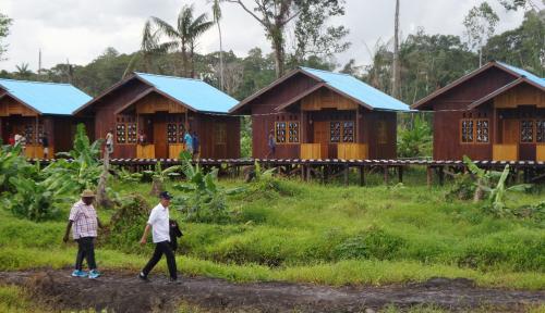 Foto Rumah Panggung Asal Minahasa Kebanjiran Pesanan dari Maldives