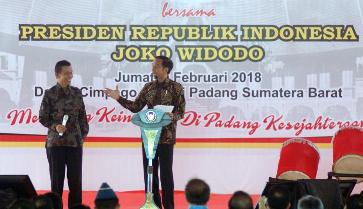 Foto Berita Jokowi Jadi Wartawan,
