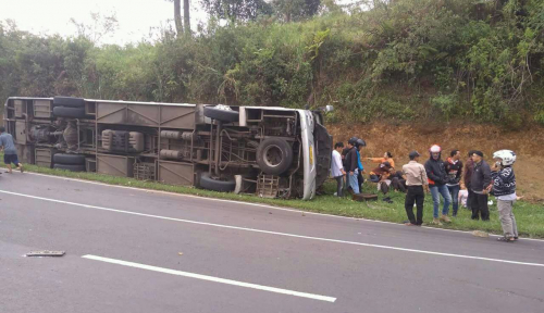 Foto Marak Kecelakaan, Pemerintah Diminta Buat Daftar Bus yang Laik di Website