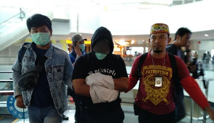 Foto Berita Wah, Petugas Bandara Jadi Kurir 'Sabu'