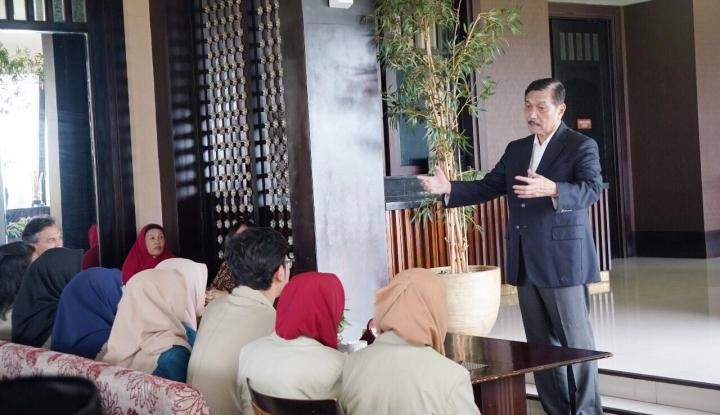 Foto Berita Kata Luhut, Perekonomian Indonesia Membaik