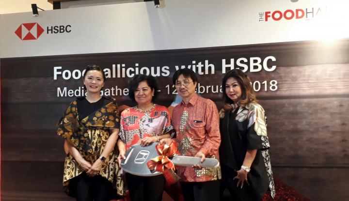 Foto Berita HSBC dan TheFoodHall Bagikan Tiga Unit Mobil kepada Pelanggan Setia