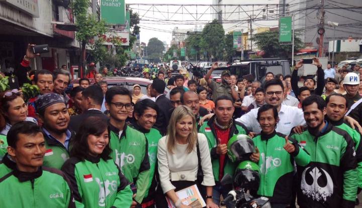 Foto Berita Ratu Belanda Sambangi Mitra Go-Jek