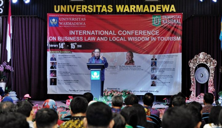 menteri puspayoga: pertumbuhan pariwisata harus jaga kearifan lokal