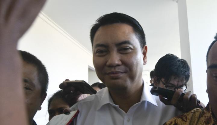 Foto Berita Sudah Berstatus Tersangka, Kapan KPK Tahan Fayakhun?