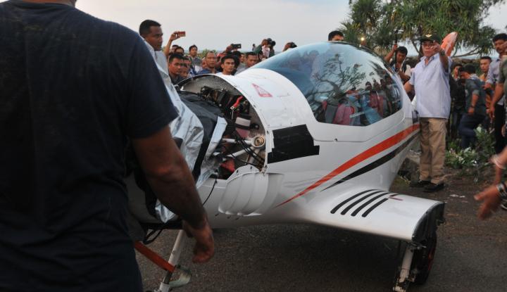 Foto Berita Irwandi: Butuh Waktu Tiga Bulan untuk Perbaiki Pesawat