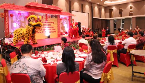 Foto BNI Rayakan Imlek Bareng Nasabah Pecinan Jakarta