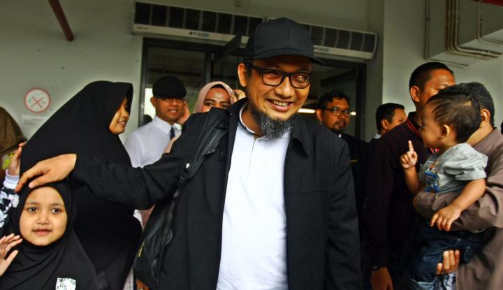 Foto Berita Samad: Tak Ada Jalan Selain TGPF Novel