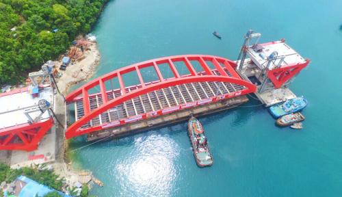 Foto Pekerjaan Layang Jembatan Holtekamp Dilanjutkan Usai Dapat Restu dari KKK