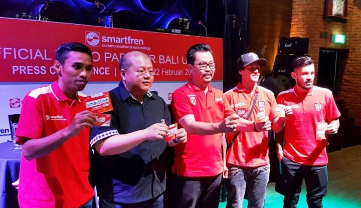 Foto Berita Smartfren Resmi Jadi Sponsorship Bali United