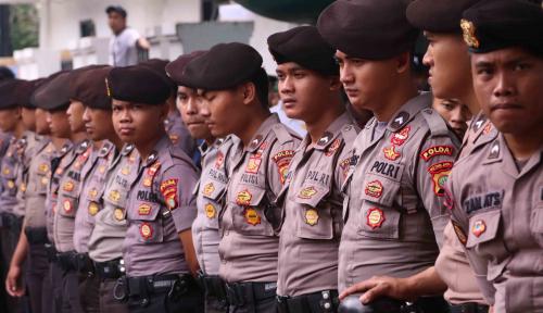 Foto Polri Terjunkan 84.000 Personel Amankan Nataru