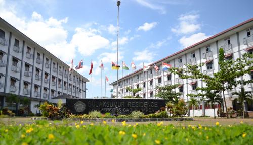 Foto Rektor UGM soal Dosen Asing di Indonesia,