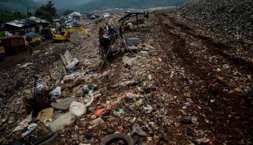 Foto DKI Habiskan 900 Miliar Hanya Untuk Urus Sampah