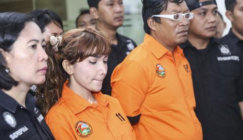 Foto Di Hadapan Hakim, Roro Fitria Ngaku Kapok Pakai Sabu-sabu