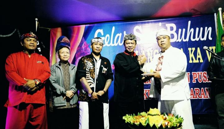 Foto Berita Pasangan PDIP Jabar Raih Dukungan Budayawan