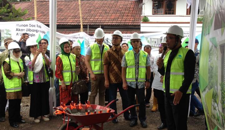 Foto Berita Kang Emil Desain Masjid Mantan Gubernur DKI Jakarta