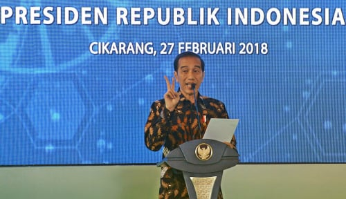 Foto Jokowi: UU Kewirausahaan Dorong Konglomerat Baru di Indonesia