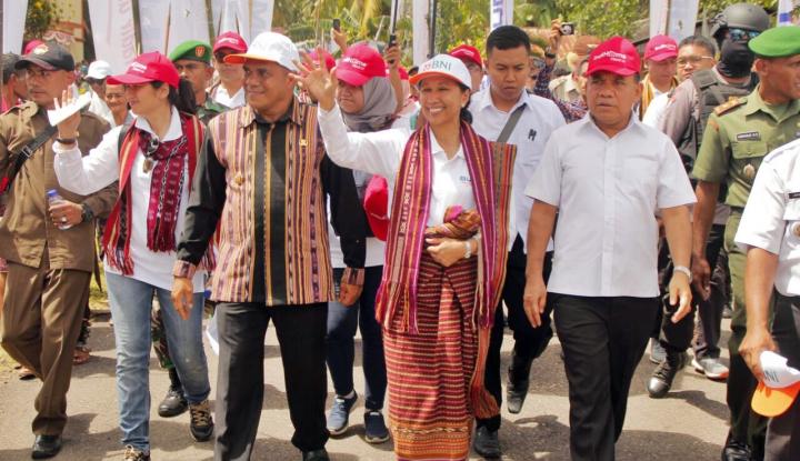 Foto Berita Menteri Rini Pastikan Kelanjutan Elektrifikasi di Flores Timur