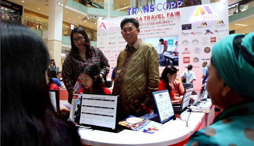 Foto Bank Mega Targetkan Rp350 Miliar dari Mega Travel Fair