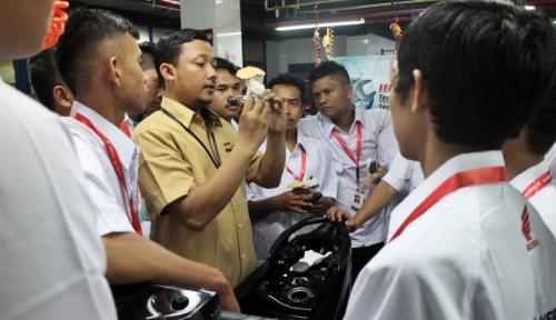 Foto Astra Honda Youthpreneurship Siapkan Pengusaha Bengkel Unggulan