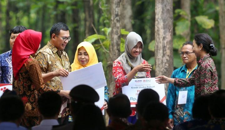 Foto Berita BNI Salurkan KUR kepada 2.381 Petani di Jawa Timur