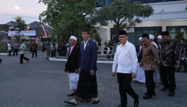 Foto Berita Resmikan Pesantrenpreneur dan Ummart, Jokowi Apresiasi Hipmi Jatim