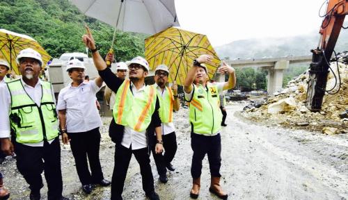 Foto Gubernur Sulsel Genjot Proyek Elevated Road untuk Mudik Lebaran