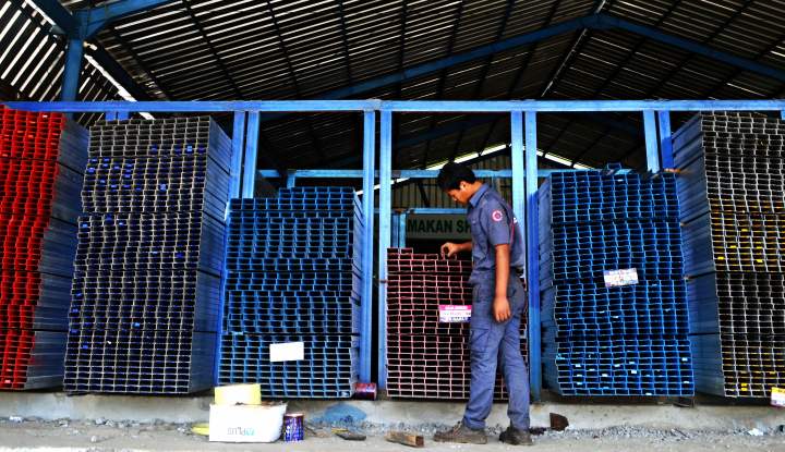 Volume Impor Baja China Naik 59%, Pasar Baja Domestik Kian Tertekan - Warta Ekonomi