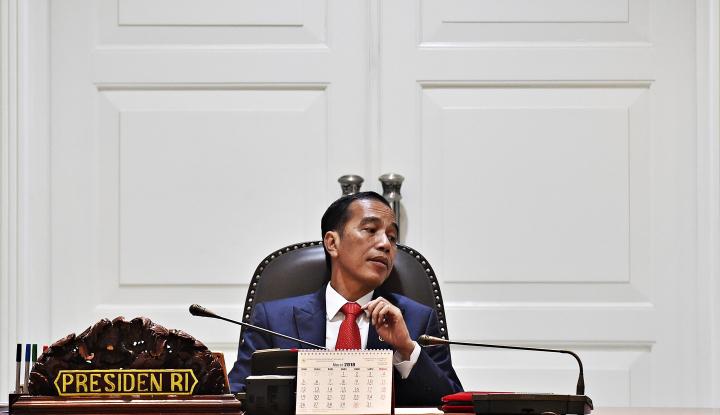 Foto Berita Jokowi Minta Laporan Menteri Soal Penghapusan Aturan yang Hambat Investasi