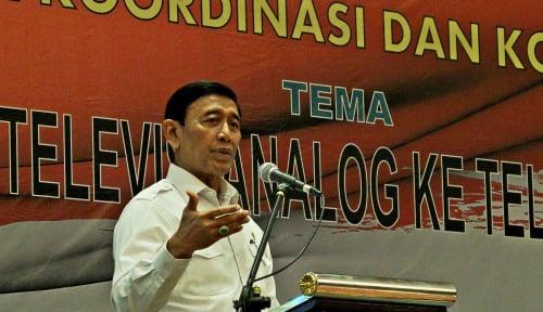 Foto Prediksi Indonesia Akan Punah, Wiranto Tantang Prabowo Taruhan Rumah